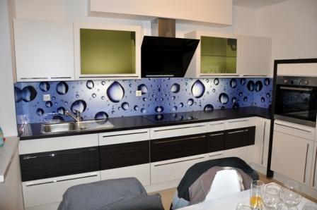 DSC 0066 3 Kuhinjska stekla