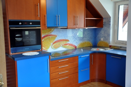 DSC 0396 14 Kuhinjska stekla